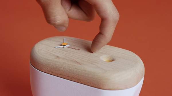 Ideo Lolzzz 02 Clock Tickle